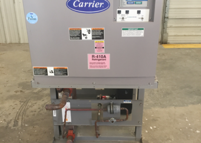 Carrier chiller equipment - front panel with labels