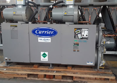 Carrier 75 ton water cooled chiller panel view