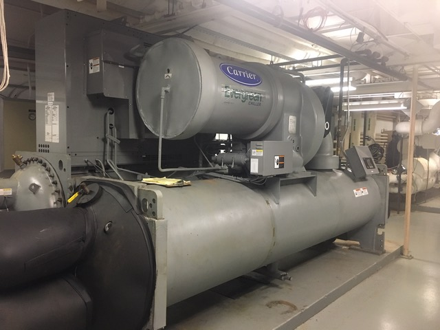 CARRIER – 400 Ton Water Cooled Chiller
