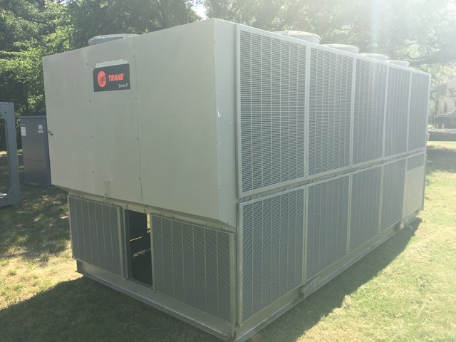 TRANE – 155 Ton Air Cooled Chiller