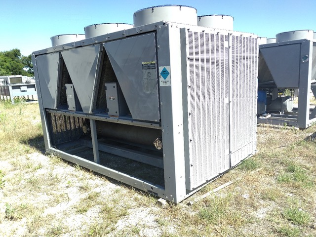 CARRIER – 30RBA1106–G7-C 110 Ton Air Cooled Chiller