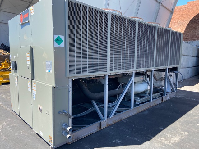 TRANE – U16A04139 – 140 Ton Air Cooled Chiller