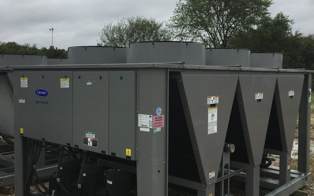 CARRIER – 90 Ton Air Cooled Chiller – New Factory Overstock (Includes Warranty)