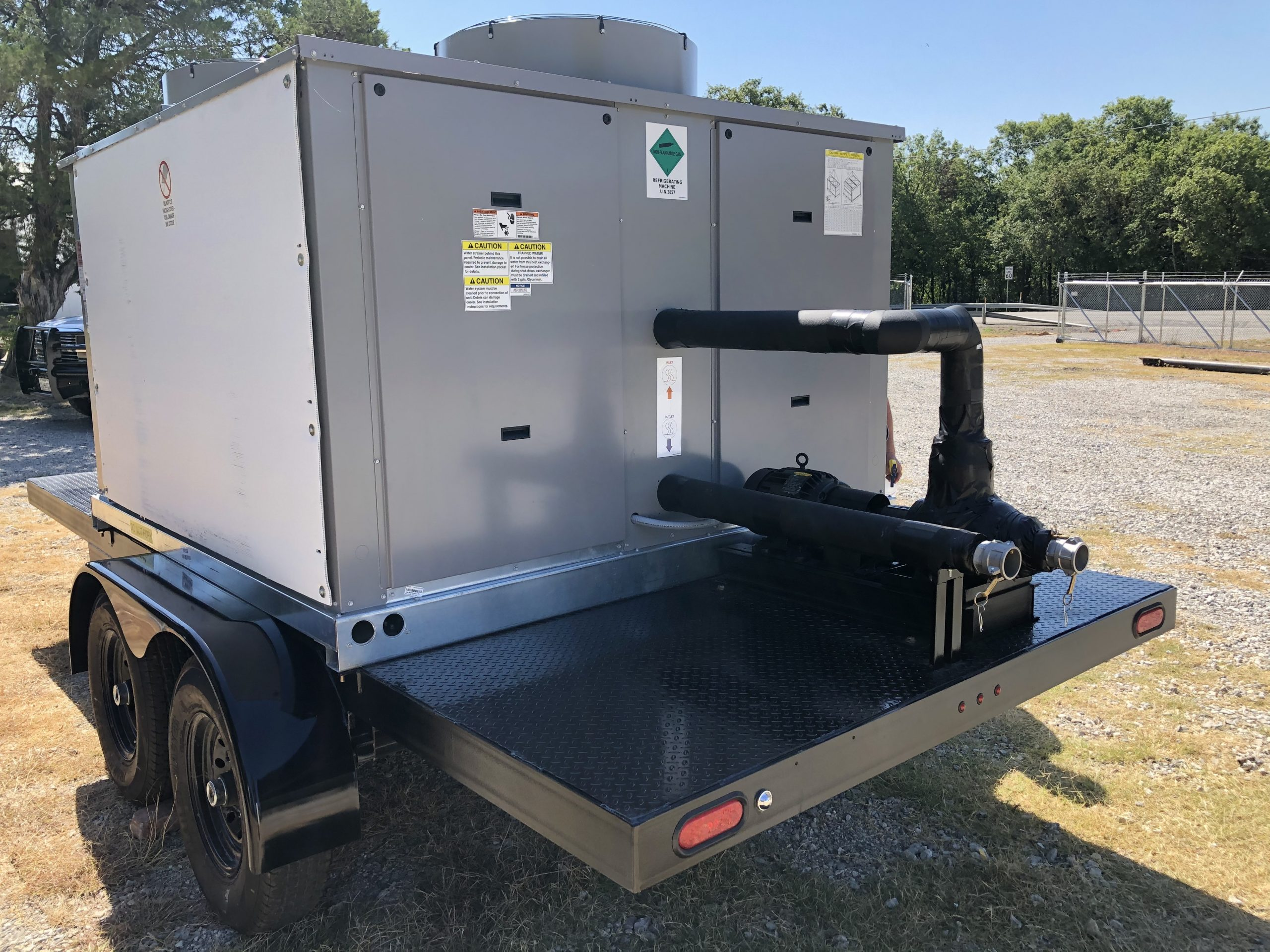 40 ton air cooled chiller with pump and controls